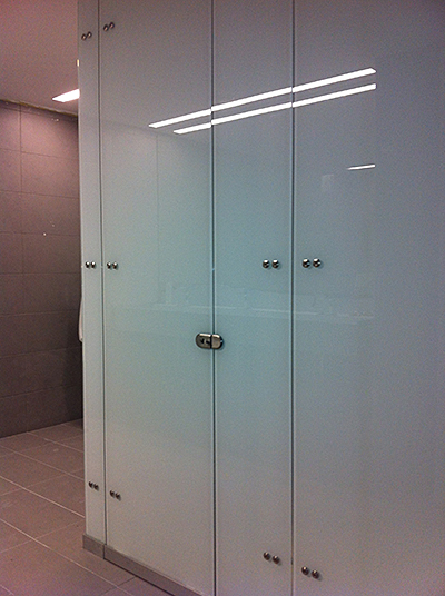 Cabinas De Baño En Vidrio:Decanor® Vidrio – Cabinas de baño o cambiadores